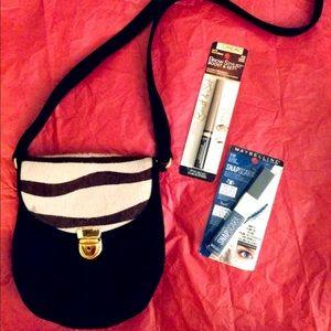 5/$25 Holt Renfrew Crossbody Bag + FREE GIFTS 🎁